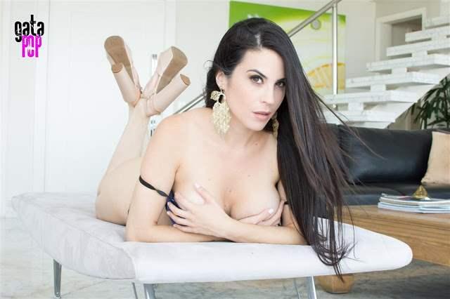 Fotos Jessica amaral nua mostrando sua buceta linda 091
