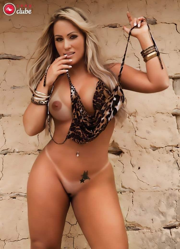 Mulheres nuas rabudas brasileiras 023