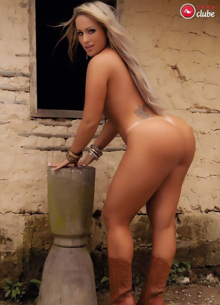 Mulheres nuas rabudas brasileiras 021