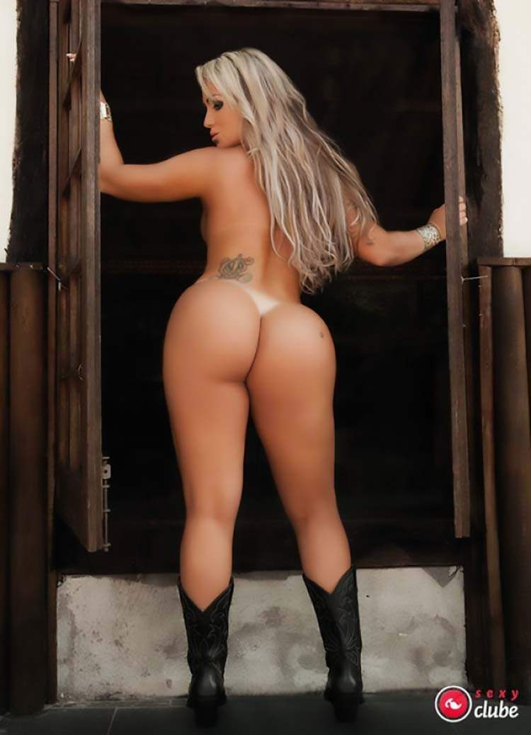 Mulheres nuas rabudas brasileiras 019
