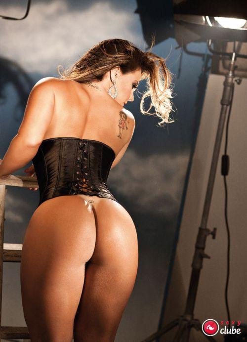 Mulheres nuas rabudas brasileiras 069