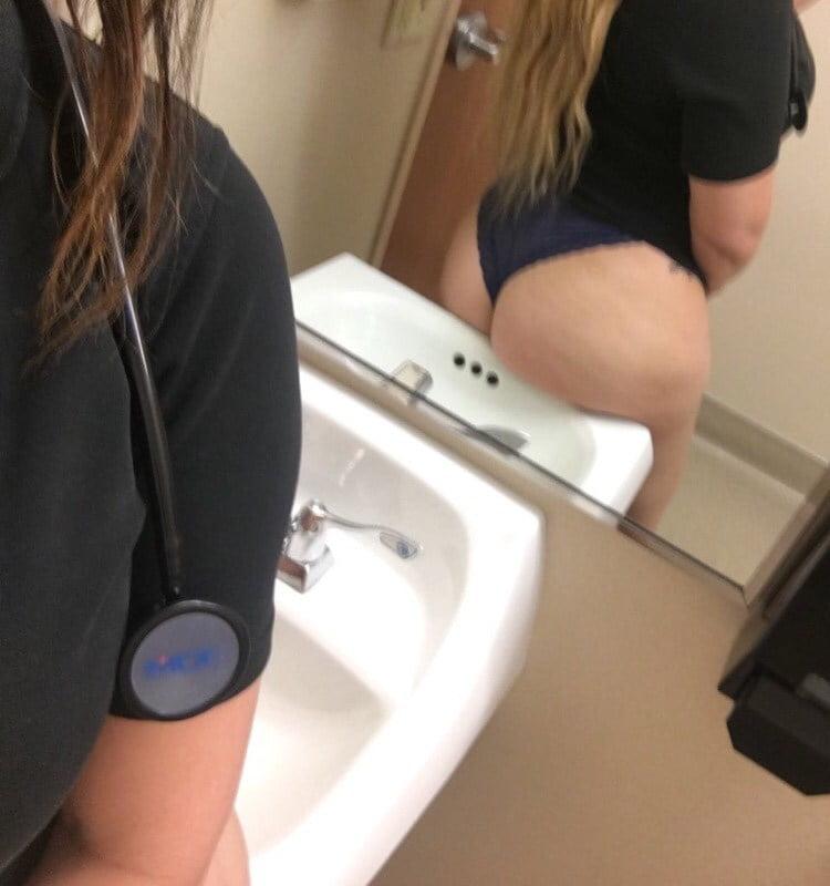 Enfermeira rabuda gostosa demais em fotos amadoras caseiras 004