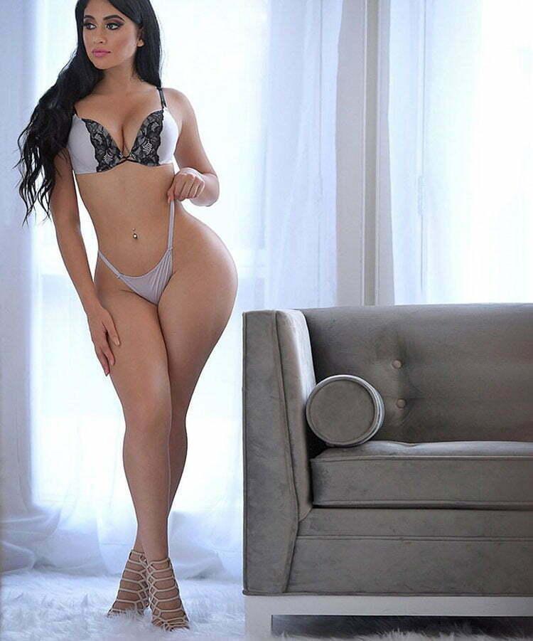 Jailyne Ojeda Ochoa rabuda gostosa em fotos seminua 010