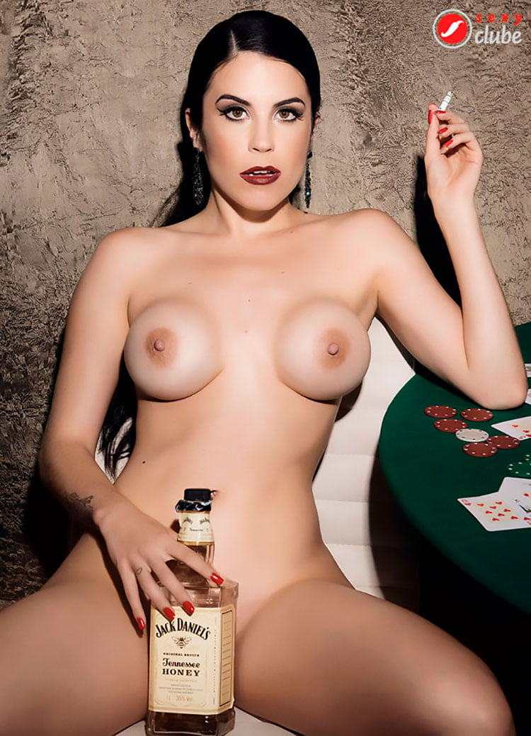 Jessica Amaral pelada nua na revista Sexy Clube 009