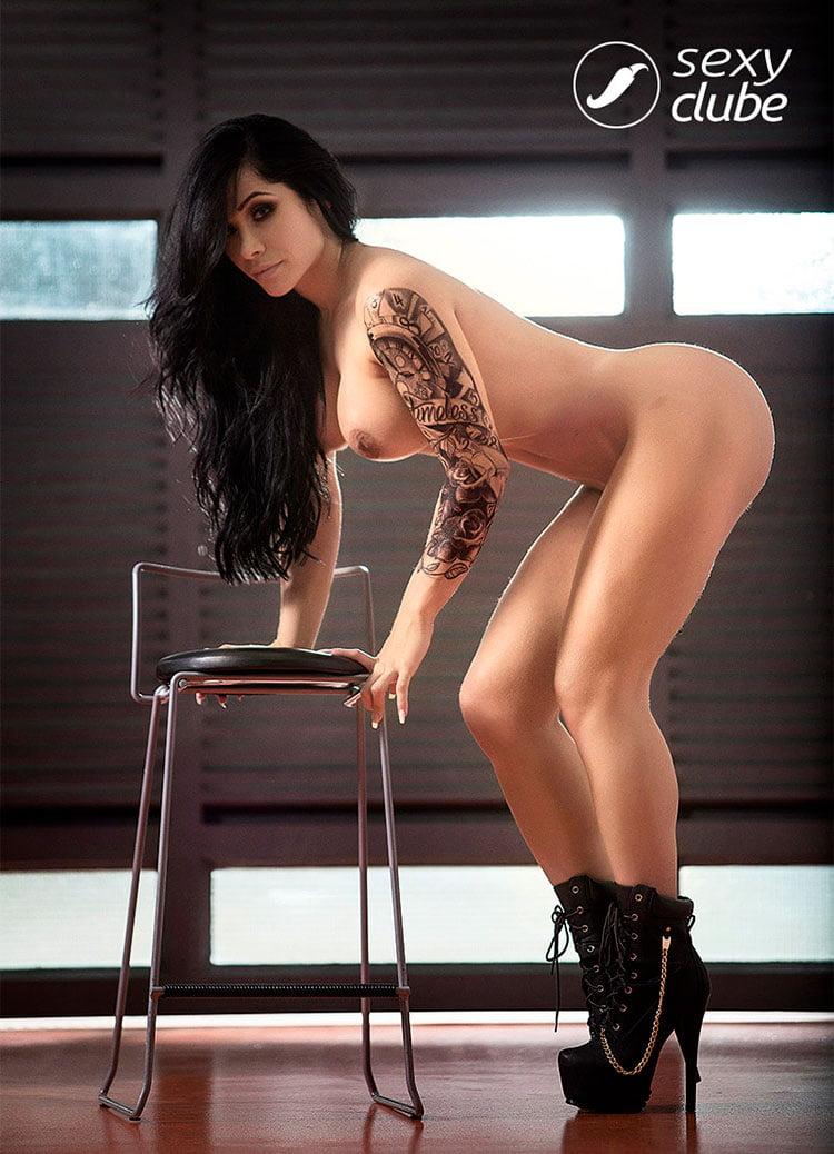 Gamer gostosa Sammantha Monteiro pelada nua Sexy Clube 004