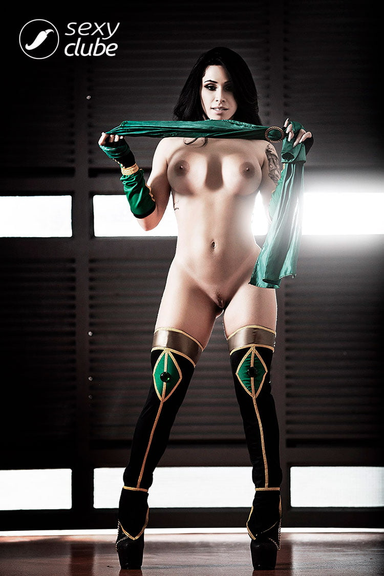 Gamer gostosa Sammantha Monteiro pelada nua Sexy Clube 027