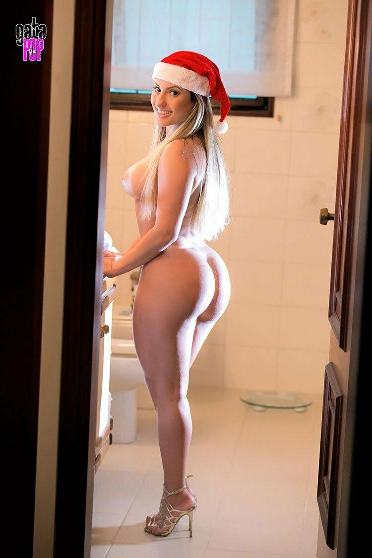 Camila Remedy pelada loira bucetuda nua no GataPop 031
