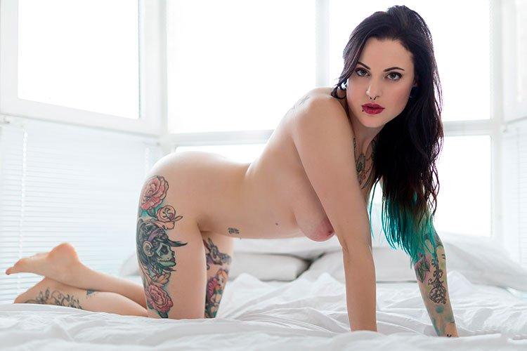 Novinhas gostosas tatuadas nuas peladinhas 003