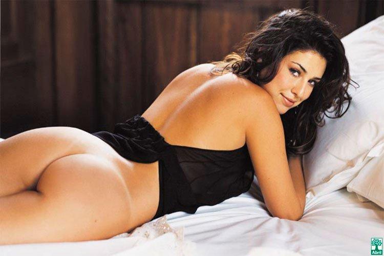 Fernanda Paes leme nua na Playboy mostrando sua buceta linda
