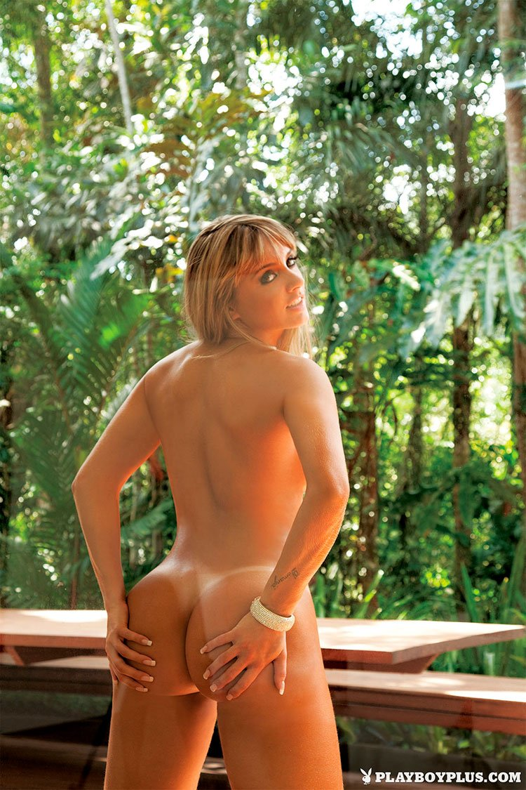 Juju Salimeni pelada fotos da Musa Fitness nua na Playboy 005
