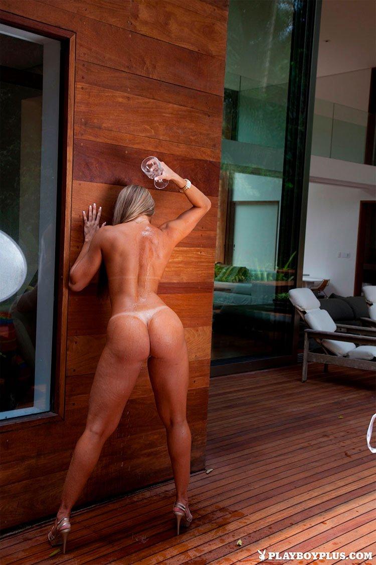 Juju Salimeni pelada fotos da Musa Fitness nua na Playboy 008