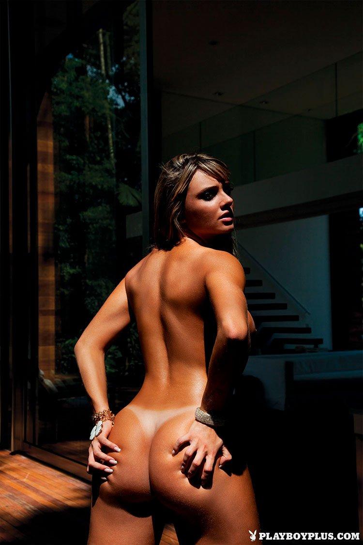 Juju Salimeni pelada fotos da Musa Fitness nua na Playboy 010