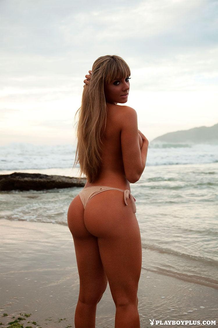Juju Salimeni pelada fotos da Musa Fitness nua na Playboy 014