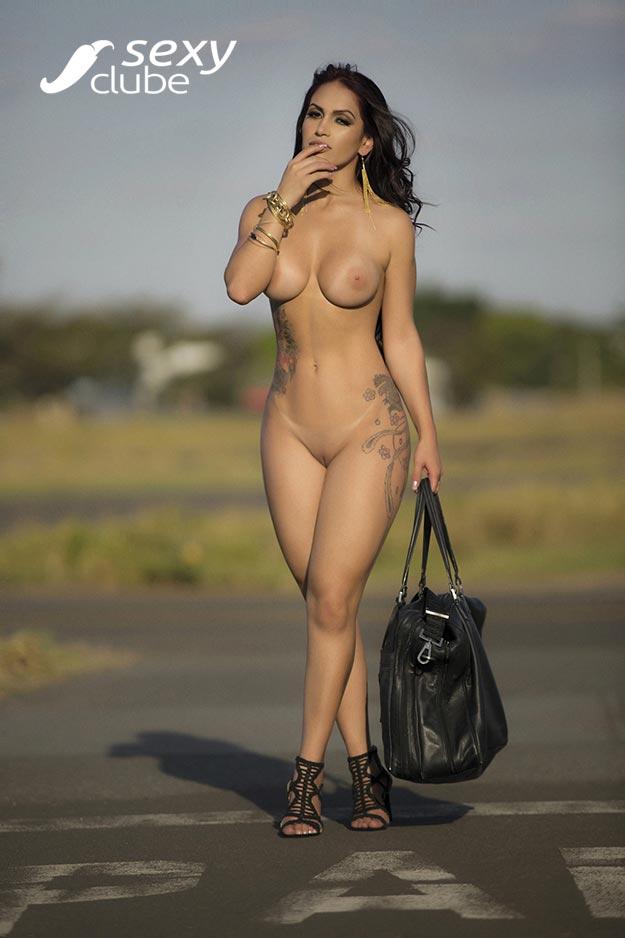 Miss Bumbum Débora Santos pelada na Sexy Clube 022