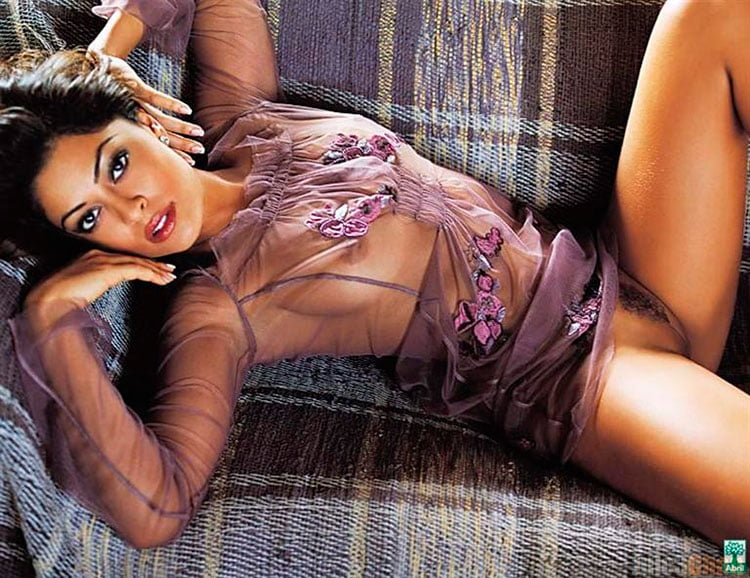 juliana Paes nua ( Bibi Perigosa) pelada na Playboy 004