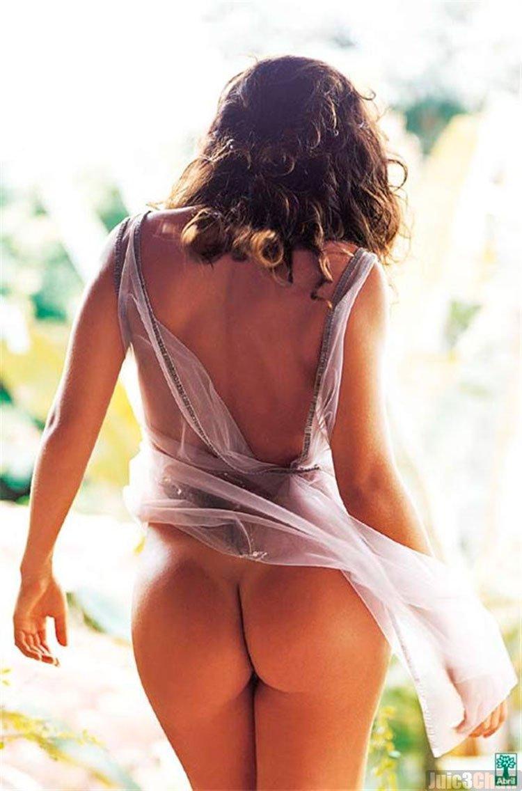 juliana Paes nua ( Bibi Perigosa) pelada na Playboy 010