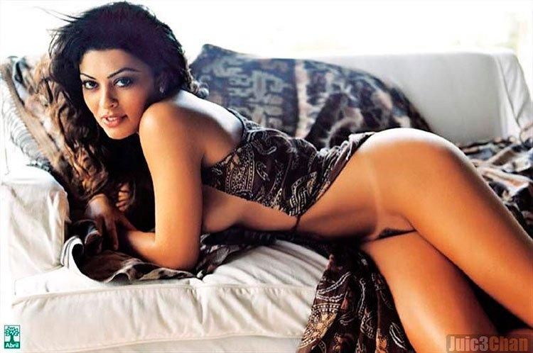juliana Paes nua ( Bibi Perigosa) pelada na Playboy 017