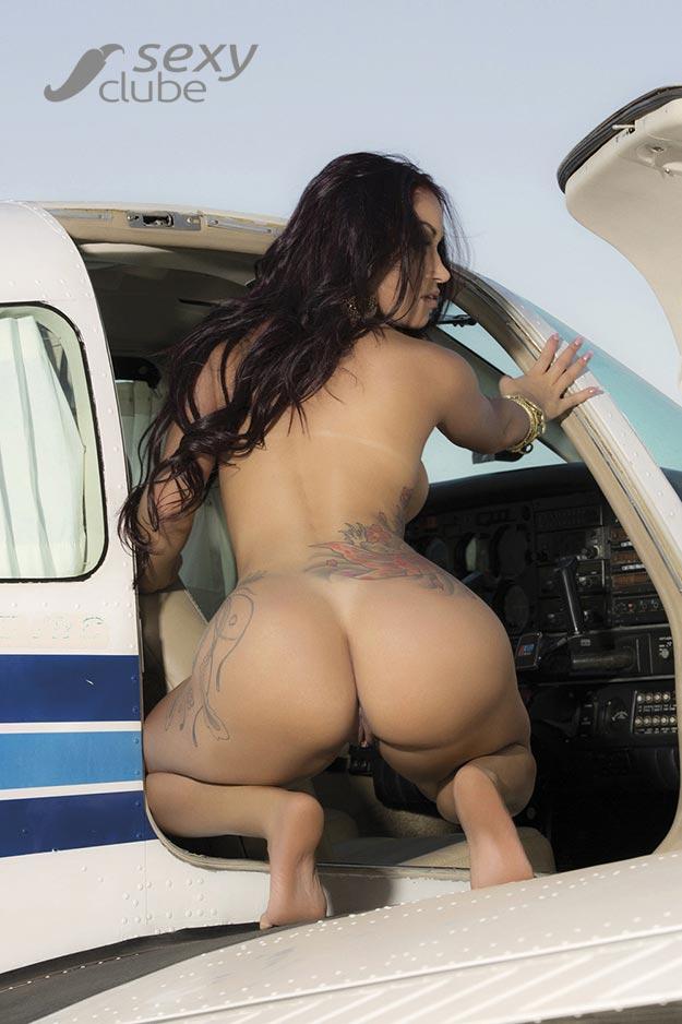 Miss Bumbum Débora Santos pelada na Sexy Clube de Outubro