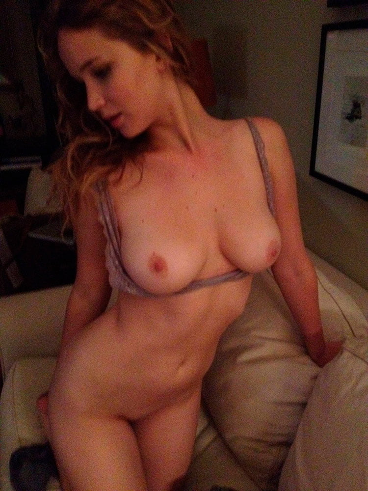 Jennifer Lawrence nua pelada em 18 Fotos amadoras vazada na internet 001