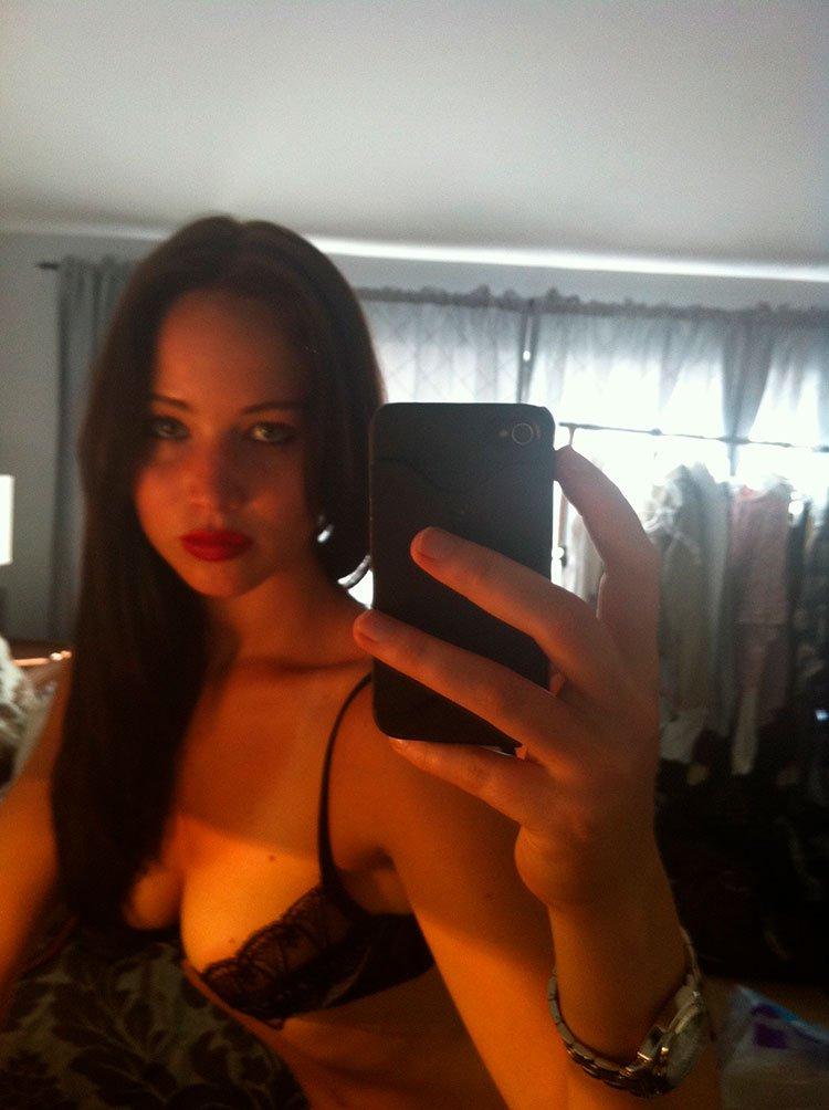 Jennifer Lawrence nua pelada em 18 Fotos amadoras vazada na internet 009