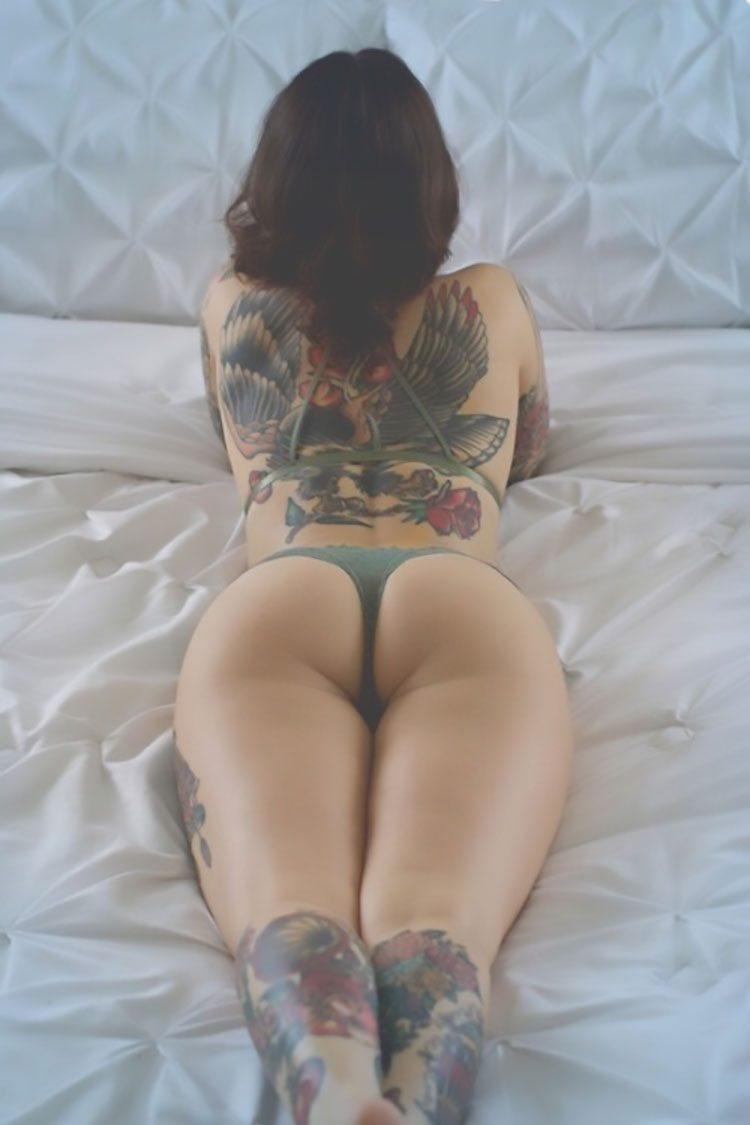 Mulheres Tatuadas 30 fotos com mulheres lindas tatuadas 001