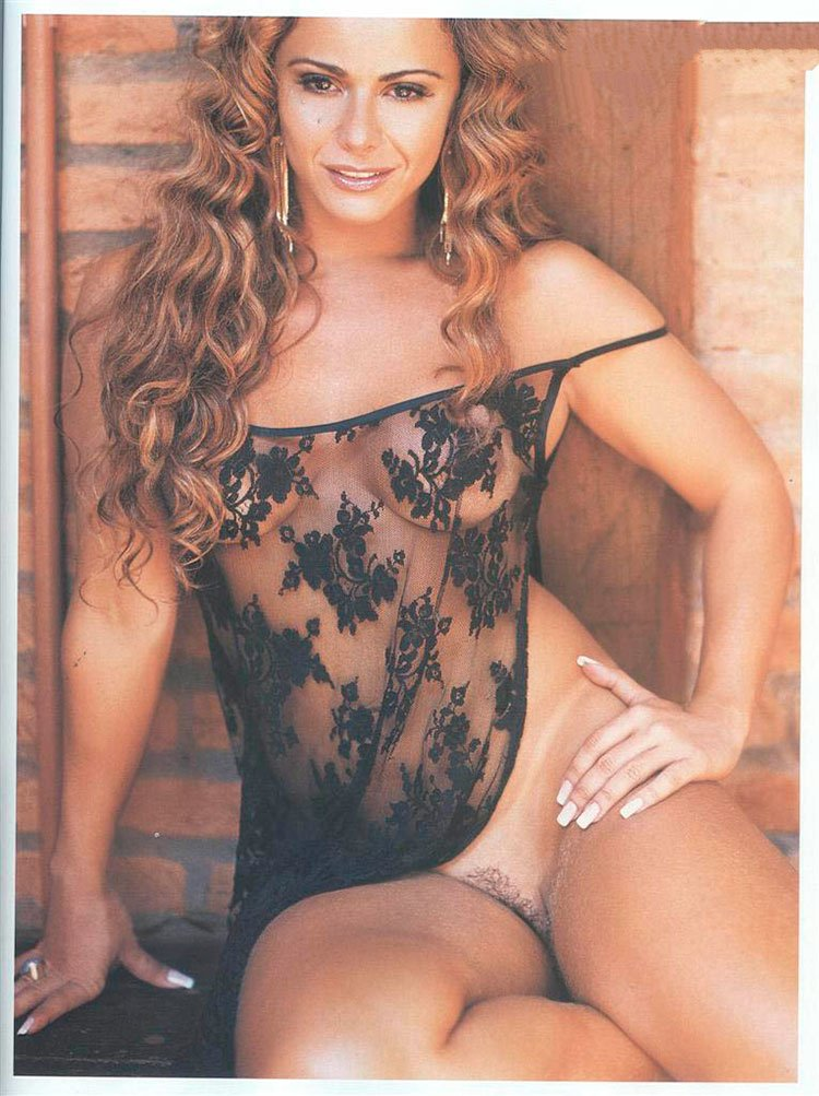 Viviane Araujo nua atriz Viviane Araujo pelada 073