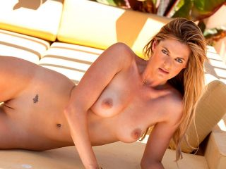 Foto de loiras gostosas nuas peladas