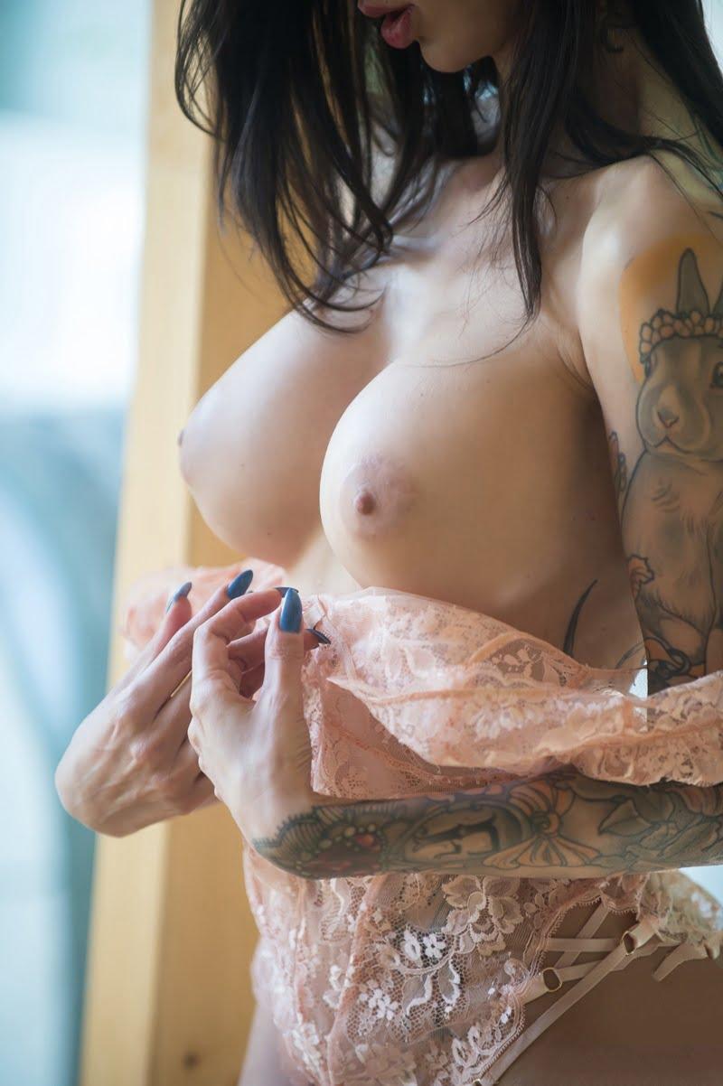 Fotos de homens mamando em mulheres consider