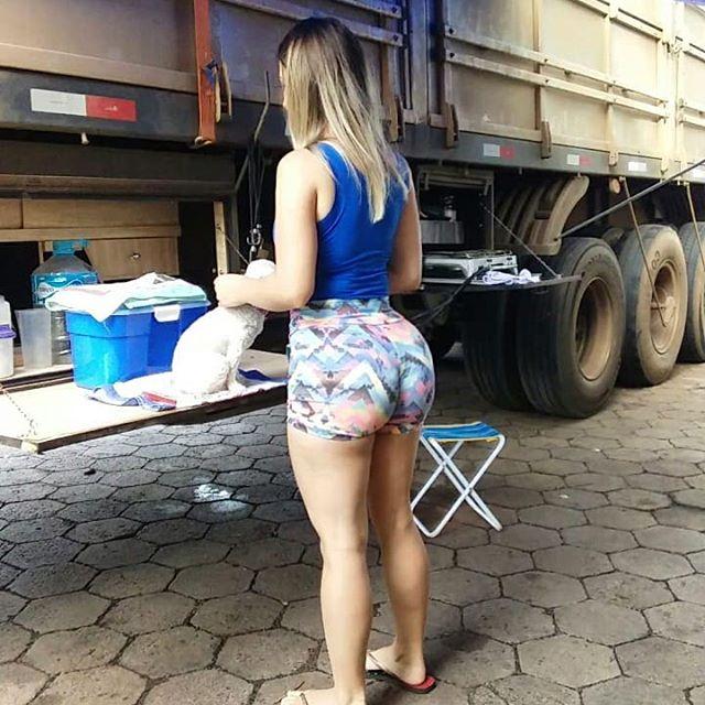 Aline Füchter musa dos caminhoneiros em fotos sensuais 09
