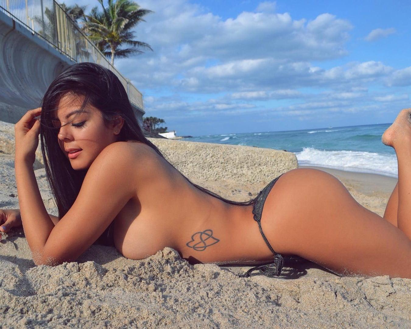 Musa Fitness Nicole Borda Colombiana gostosa demais