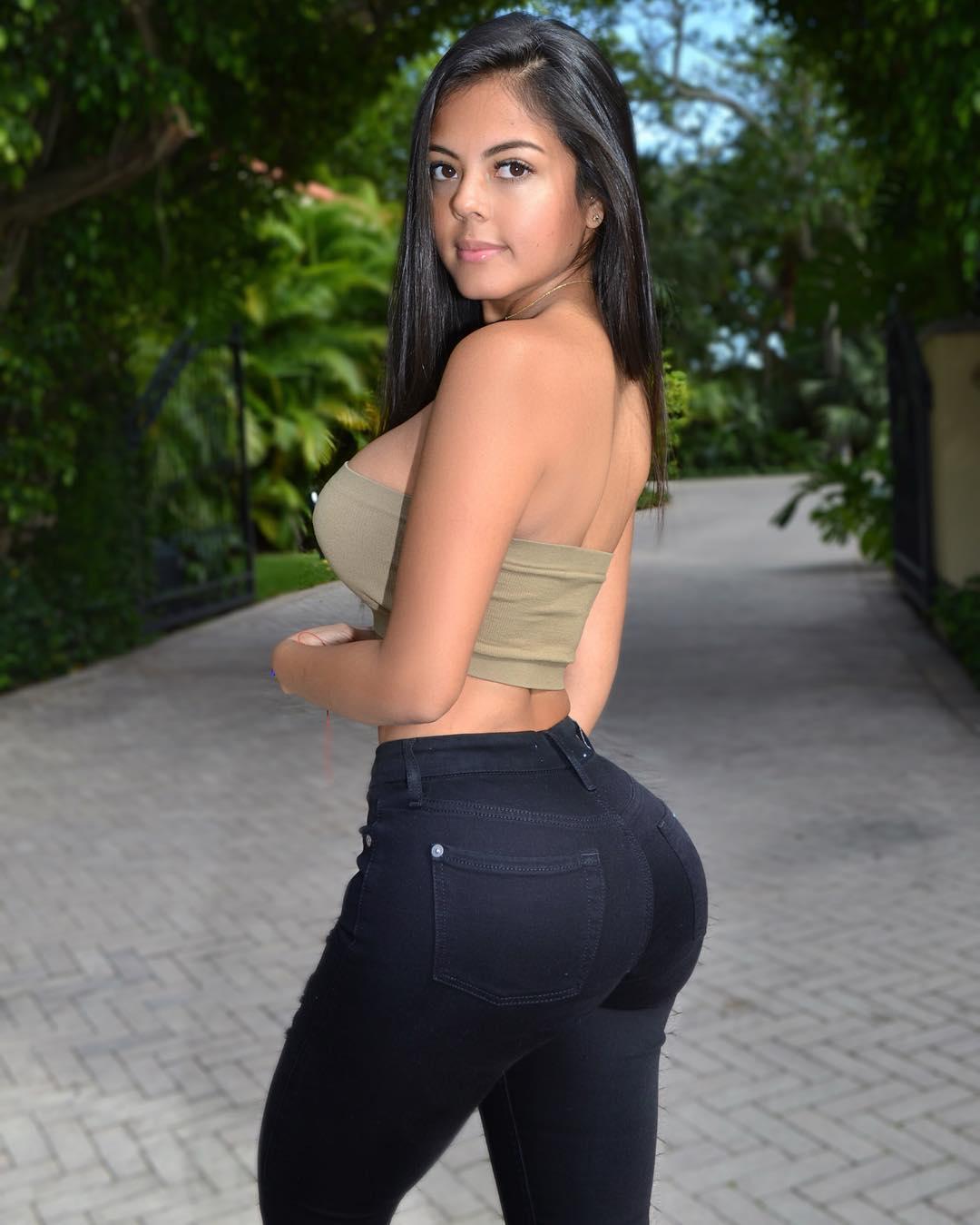 musa fitness nicole borda colombiana gostosa demais 11