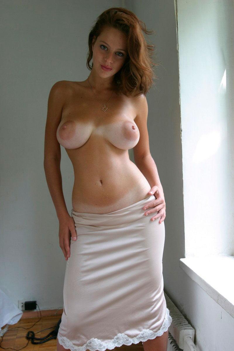 novinha gostosa peituda nua pelada muito linda 10