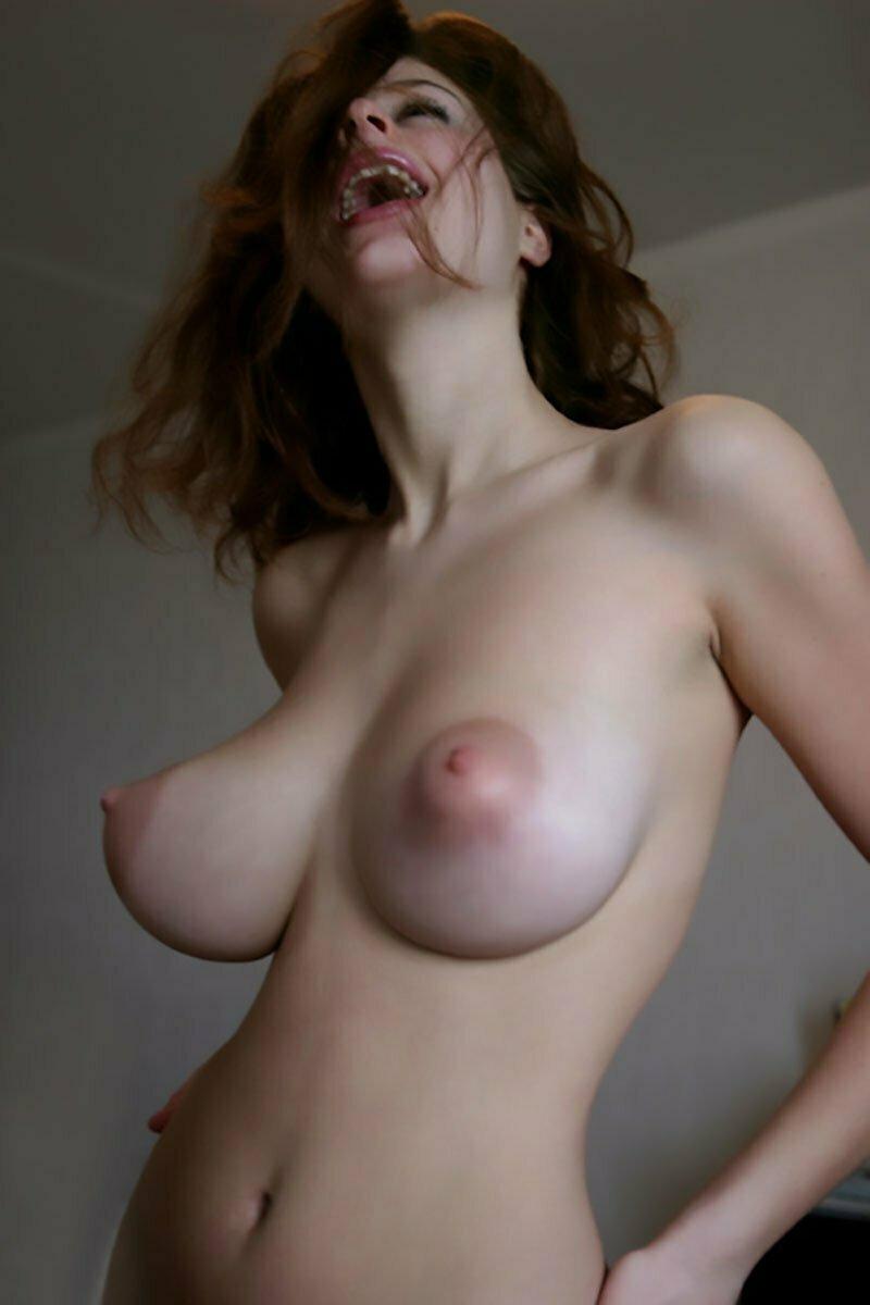 novinha gostosa peituda nua pelada muito linda 15