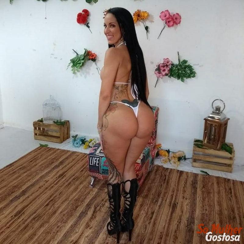 Atriz Pornô Elisa Sanches nua pelada 16