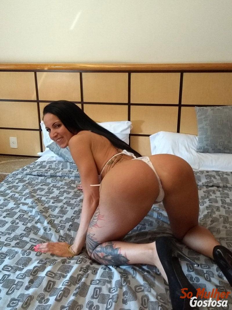 Atriz Pornô Elisa Sanches nua pelada 19