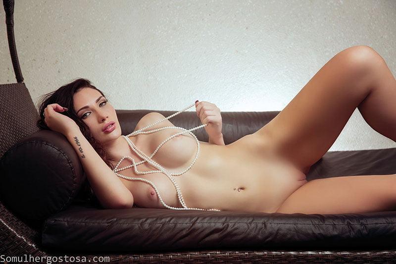 Krystal Lenkova 03