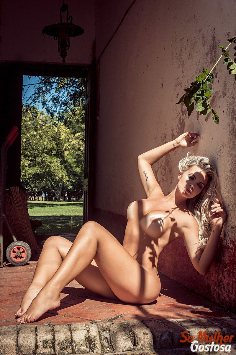 Veridiana Freitas nua pelada na Playboy Plus 2018 07