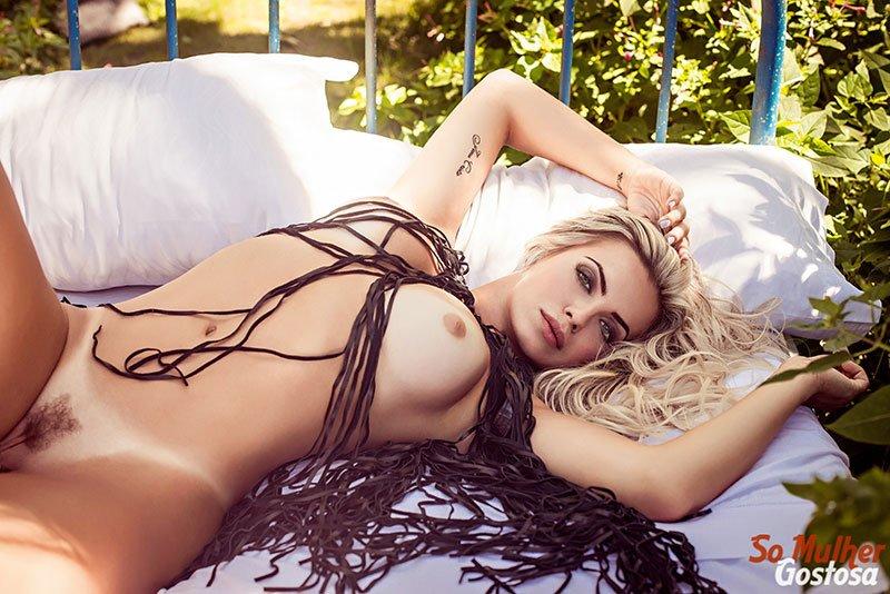 Veridiana Freitas nua pelada na Playboy Plus 2018 22