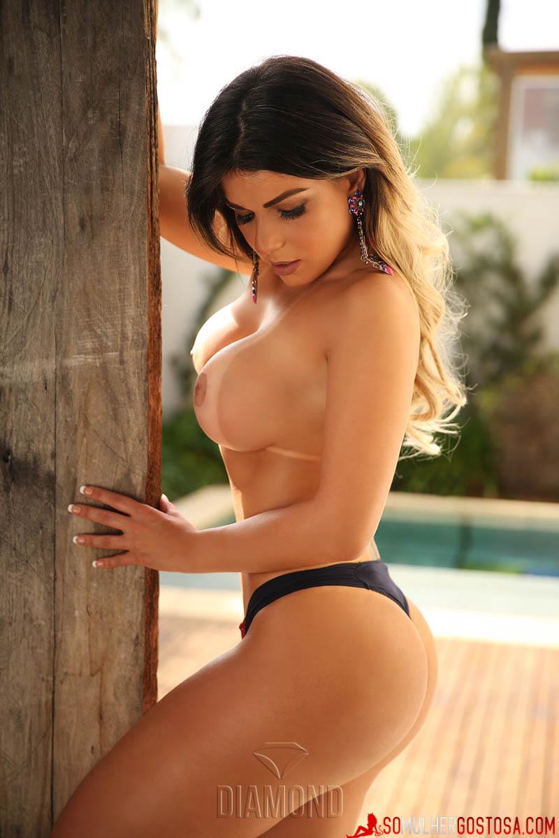 Mulheres muito gostosas nuas em fotos maravilhosas 13