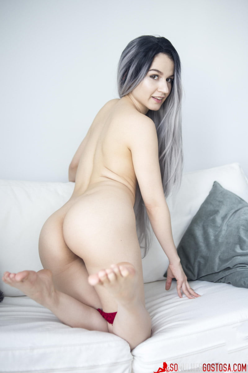 Novinhas muito lindas e gostosas pelada 14