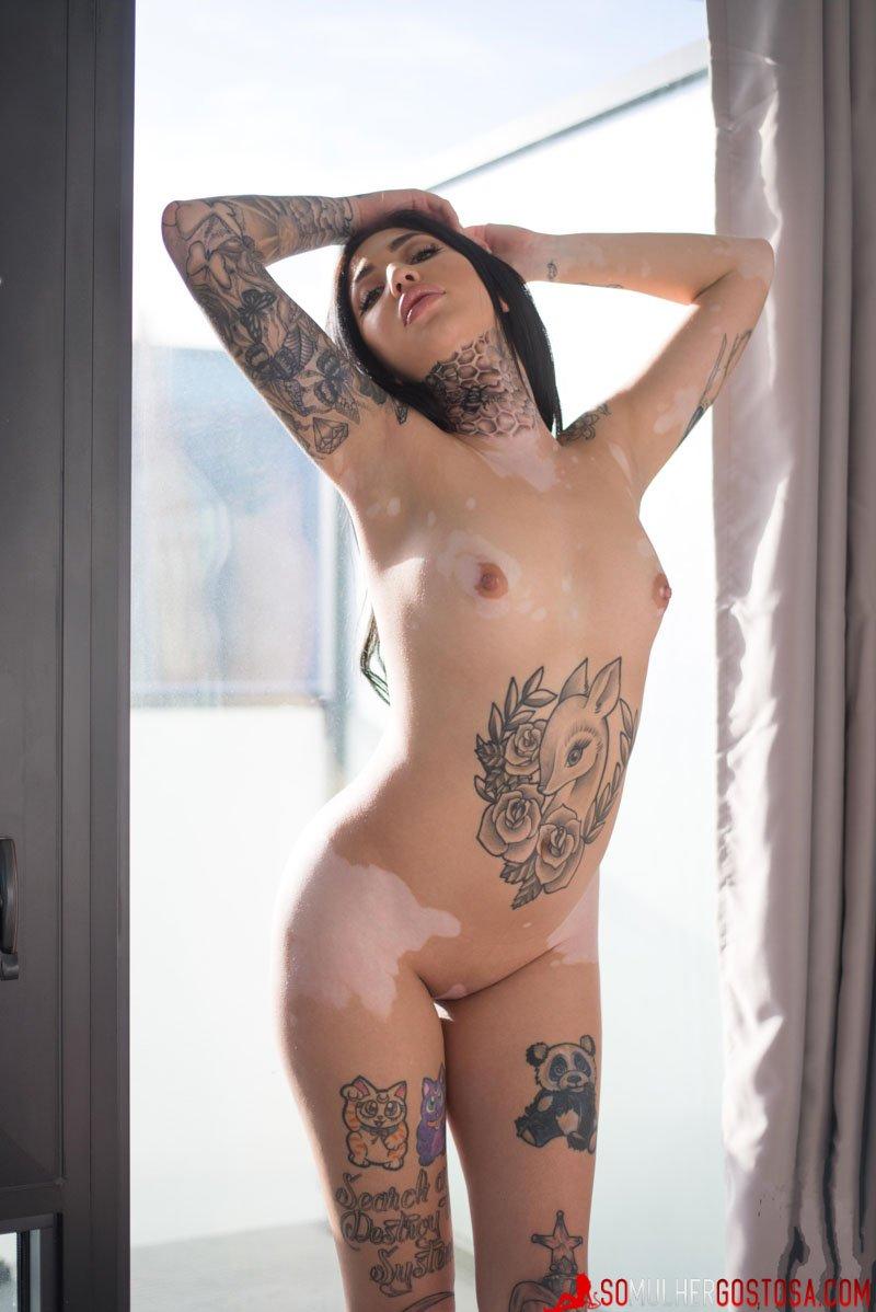 morena gostosa linda demais nua mostrando seu corpão lindo 13