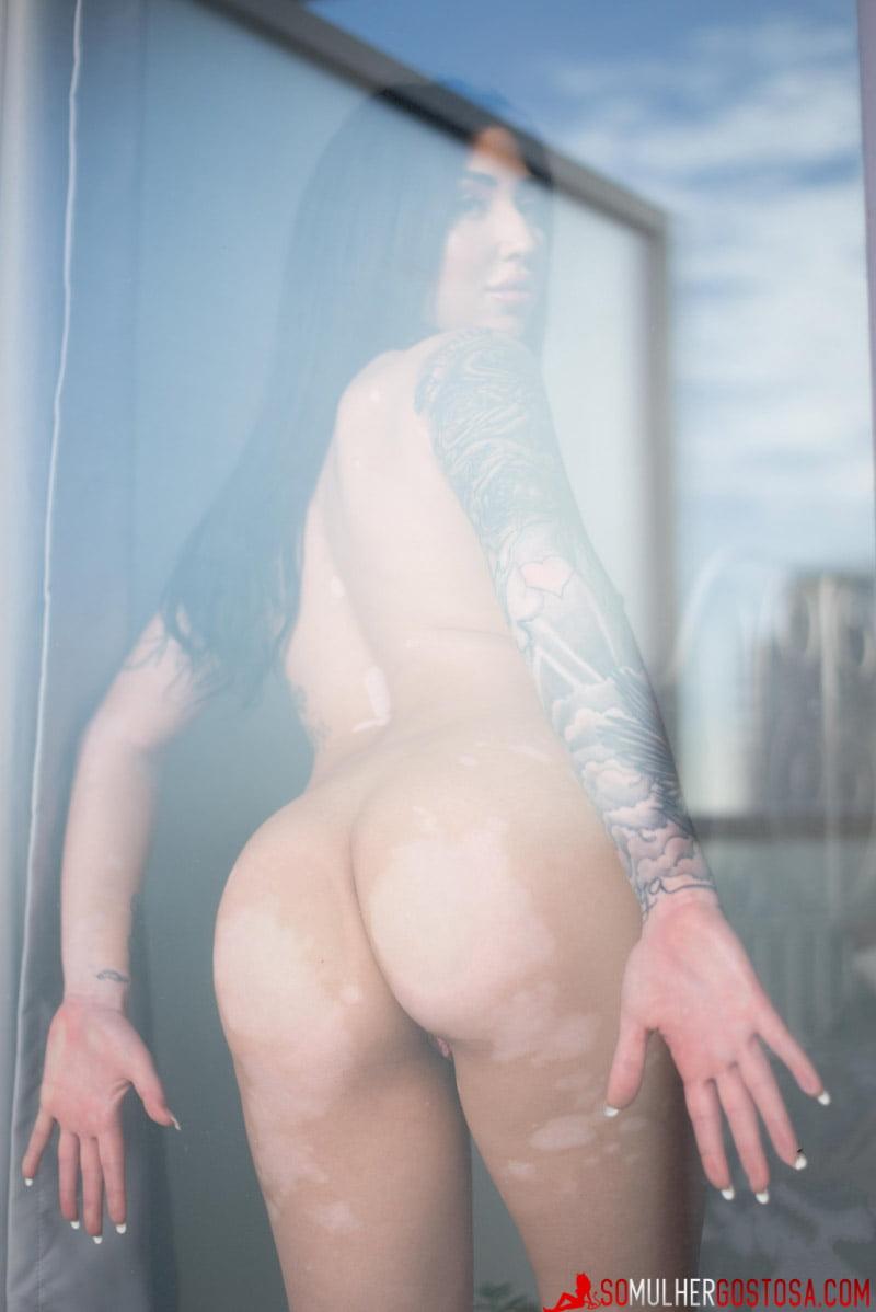 morena gostosa linda demais nua mostrando seu corpão lindo 14