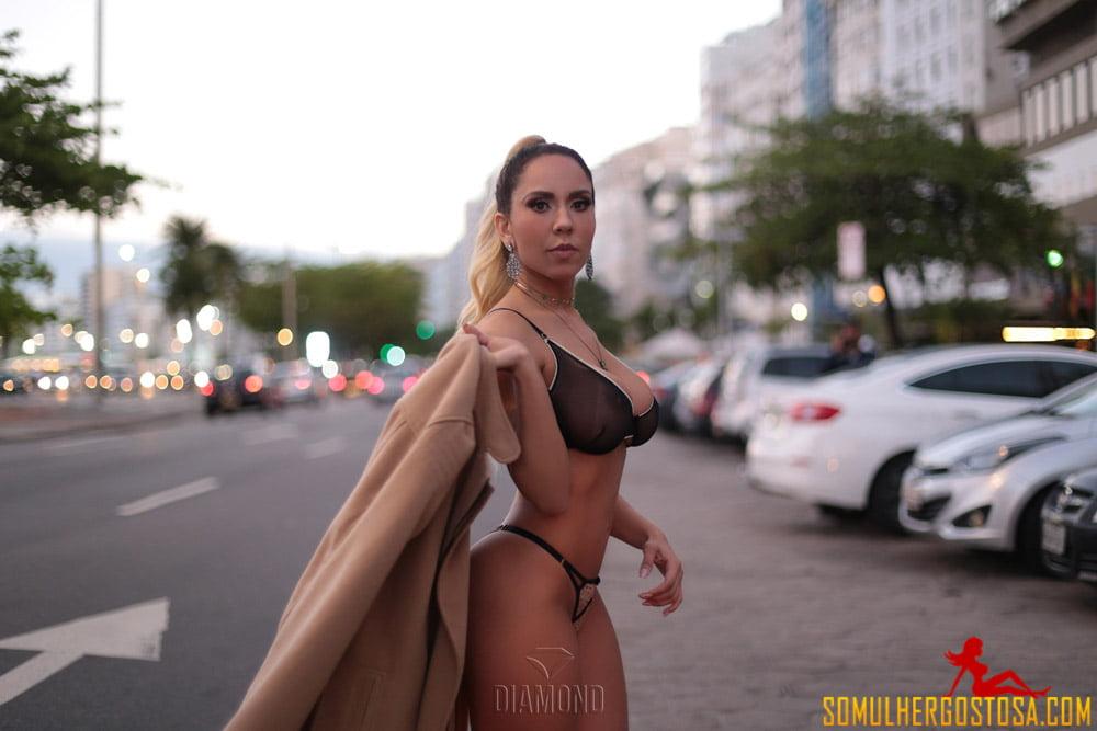 fotos-mulher-melão-nua-renata-frisson-pelada-04