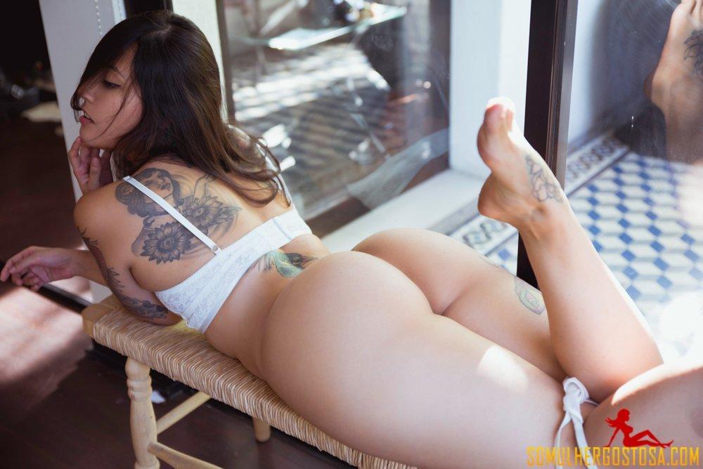 Novinha linda nua do bumbum perfeito ela é gostosa demais