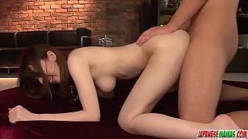 Novinha japonesa fodida e gozada